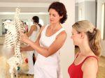 Svetový deň osteoporózy sa tento rok zameriava na ženy