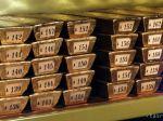 Na toalete lietadla z Dubaja našli upratovači 280 tehličiek zlata