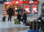 Slovák požiadal priateľku o ruku na pražskom letisku