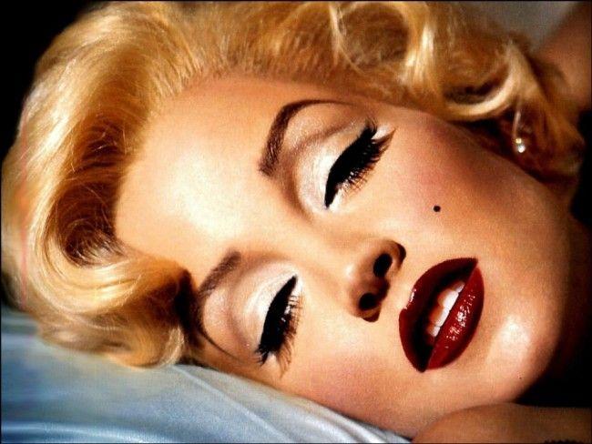 Vydražili röntgenové snímky a lekárske diagnózy Marilyn Monroe