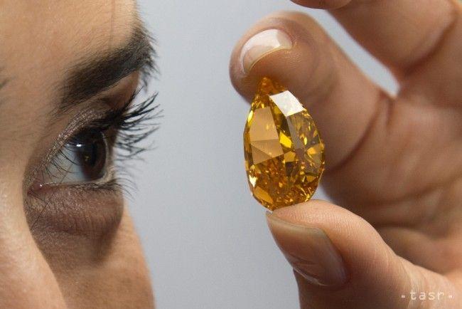 Padla rekordná suma za kúpu diamantu