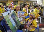 Oslava narodením thajského kráľa prerušila protesty