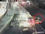 Video: Smrť mu dýchala na chrbát