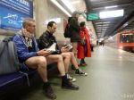 Vo svetových metropolách sa metrom cestovalo bez nohavíc