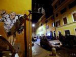 V Ríme zdobí fasádu domu pápež superman