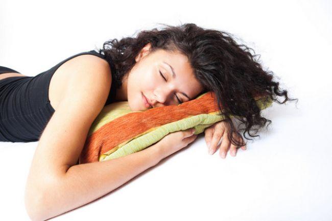 Poloha, v ktorej spávate, vplýva na vaše zdravie