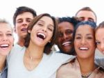 Smiech je liek, vďaka nemu sú ľudia aj sexuálne aktívnejší