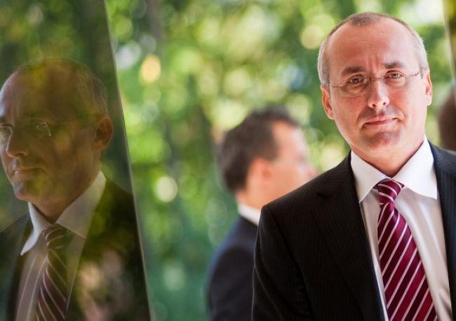 Borec nominoval tretieho kandidáta na šéfa najvyššieho súdu