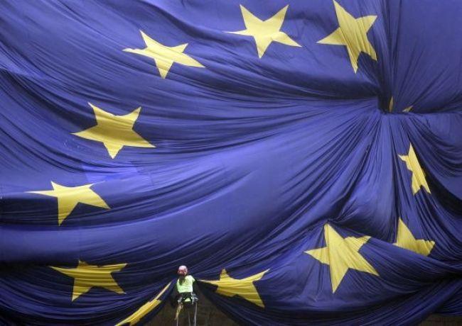 Sme 10 rokov v EÚ, Paška hovoril o hviezde na modrej zástave