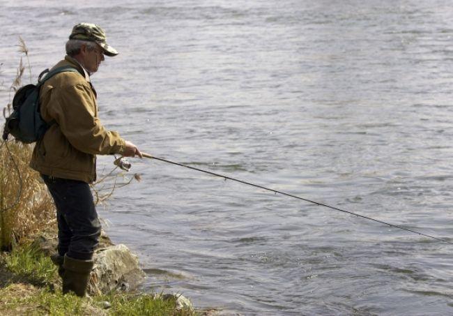 Ruský rybár ohúril, z rieky vylovil sošku starú tisícročia