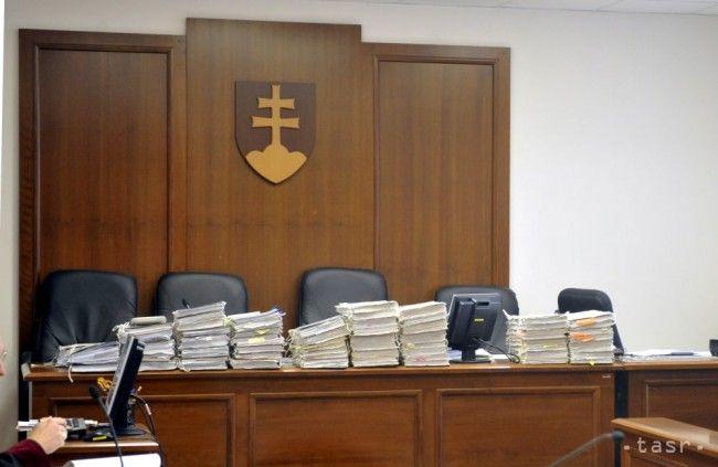 Pri preukázanej zaujatosti možno sudcu z pojednávania vylúčiť