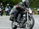 Policajti si počas akcie posvietia najmä na motorkárov