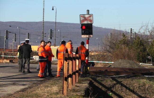Kamión 'nabral' stĺp, vyradil vlaky na trase Čadca - Skalité