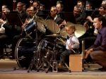 Video: Úžasný výkon 3-ročného chlapca za bubnami