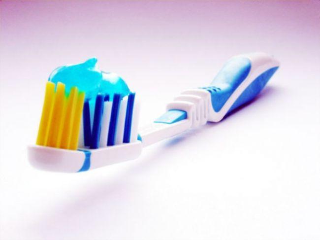 Starostlivosť o zuby. 10 mýtov, ktorým neveriť
