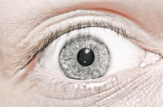 Šeroslepota  Zhoršeným videním v šere sa problémy nekončia  3f6de8d9074