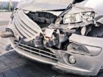 Vodič († 50) narazil do garáže, na mieste zomrel