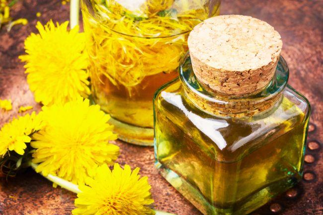 Recept: Púpavový olej na bolesti kĺbov