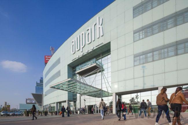 Obnova Auparku Bratislava v štýle Urban Chic dokončená  9e9fb4f8b98