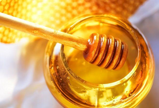 Med: Ako môže zlepšiť trávenie, liečiť popáleniny azlepšiť vaše zdravie