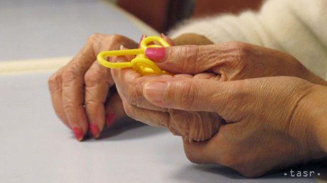 Prejavy Alzheimerovej choroby sa často pripisujú starnutiu