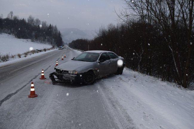 Tragická nehoda: Mladý vodič prešiel do protismeru