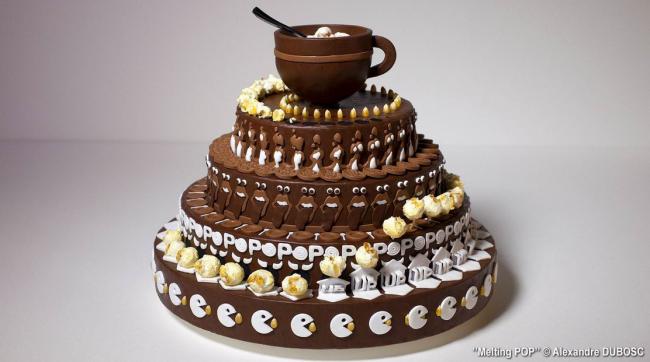 Video: Sledujte, čo sa stane s touto tortou, keď ju roztočíte