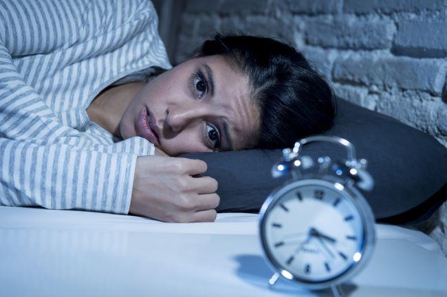 6 vecí, ktoré by ste nikdy nemali robiť pred spaním