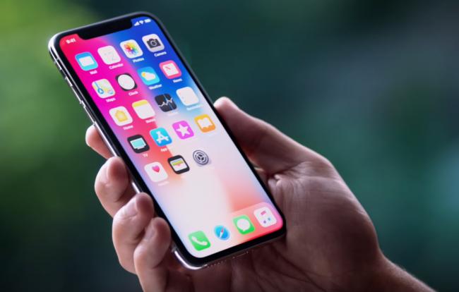 Video  Apple predstavil nové telefóny e8939d88faf
