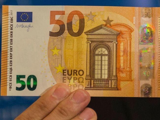 Polícia upozorňuje na falošné 50-eurové bankovky. V ktorom kraji ich spozorovali?