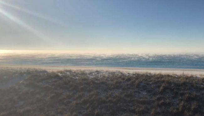 Video: Vďaka mrazom môžete vidieť aj takýto jedinečný východ slnka