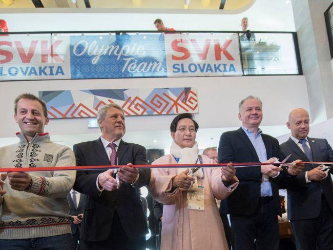 Prezident Kiska spolu s ďalšími osobnosťami otvoril Slovenský dom