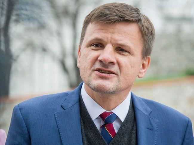 KDH a SMK volajú po predčasných voľbách