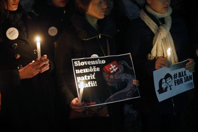Za slušné Slovensko demonštrovali aj v zahraničí; v Prahe sa zišli stovky ľudí