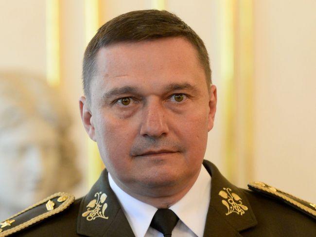 OĽaNO vyzvalo SNS, aby na funkciu náčelníka GŠ nenominovala Daniela Zmeka