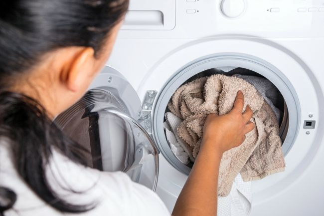 Týchto 13 chýb pri praní sa dopúšťame všetci