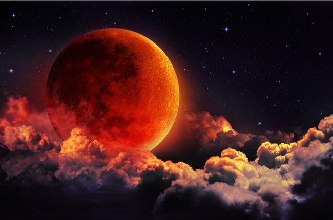 Čaká nás najdlhšie zatmenie Mesiaca storočia