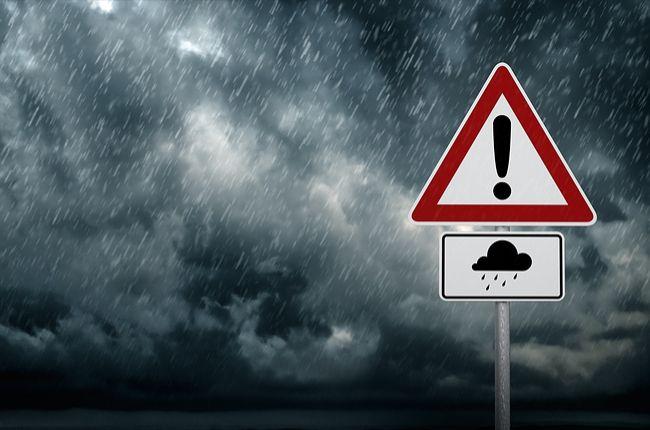 Časť Slovenska zasiahne intenzívny dážď, pršať bude až do stredy
