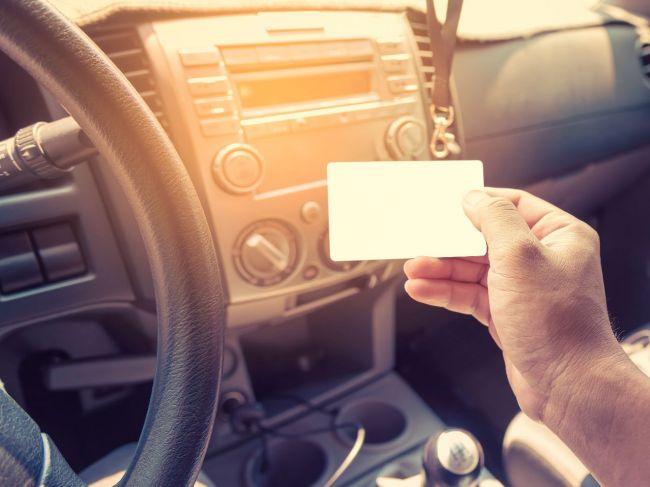 Rakúsko prestane umožňovať vykonávanie vodičských skúšok v turečtine
