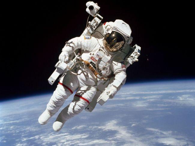 NASA po prvý raz za ostatných 50 rokov opustil astronaut ešte počas výcviku