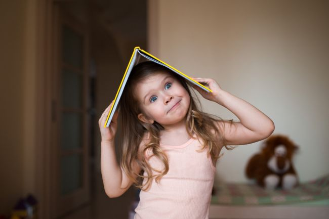Trpí vaše dieťa poruchou sústredenia? Odhalí ju týchto 14 nezvyčajných príznakov