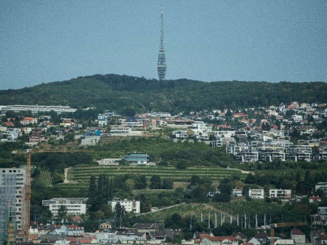 Na bratislavskej Kolibe fúkal nadránom vietor v náraze až 97 km/h