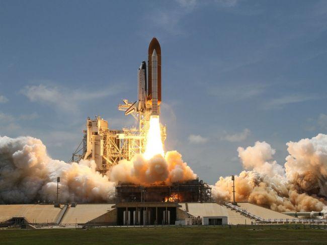 Prvý let s posádkou na kozmickej lodi spoločnosti SpaceX bude v júni 2019
