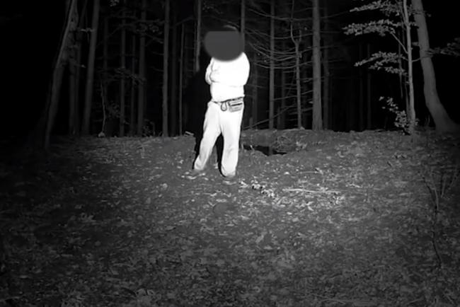 Video: Fotopasca vo Veľkej Fatre zachytila zvláštne konanie muža