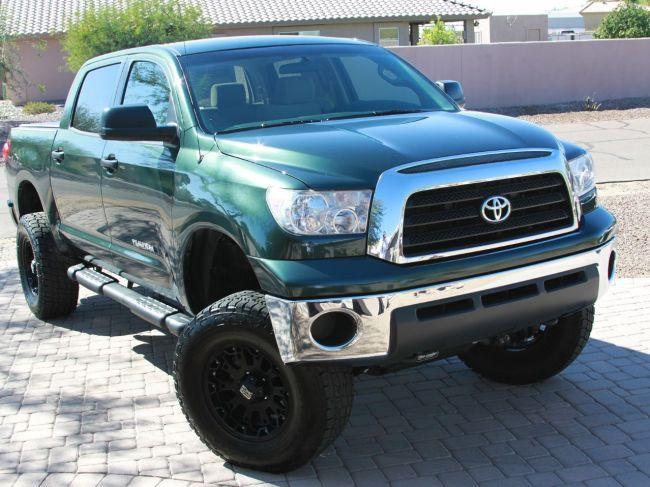 Toyota zvolá do servisov takmer 188.000 áut pre problémy s airbagmi