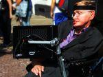 Vo svojej poslednej knihe Hawking predstavil najnovšiu hrozbu ľudstva