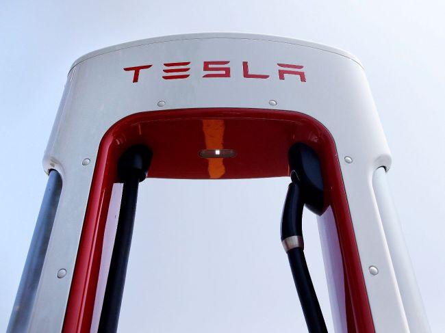 Muskova Tesla má údajne nové problémy s ministerstvom spravodlivosti