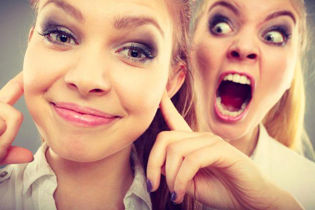 10 znakov toxického priateľstva, ktoré vám škodí