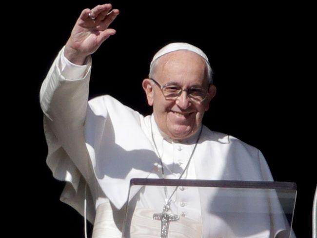 Pápež označil prvú svetovú vojnu za varovanie, ale