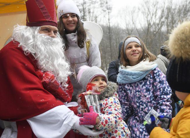 Na svätého Mikuláša sa tešia najmä deti